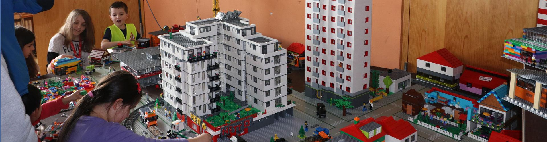 LEGO®-Verleih: Wenn DU ein großes LEGO-Projekt mit vielen anderen Kindern und Jugendlichen machen willst - hier kannst Du LEGO ausleihen!
